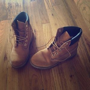 Timberlin's boots size 7